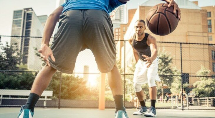 Get the most durable and best outdoor basketball shoes & best golf travel bag for your next game