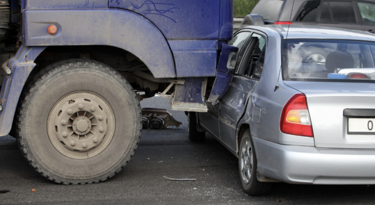 Follow These 4 Truck Driving Safety Tips