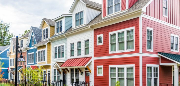 Top 7 Signs that tell you to repaint your home Exterior