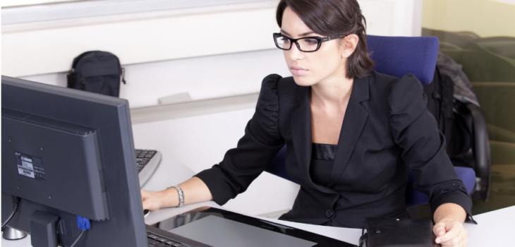 How to Choose a Corporate Secretary: 10 Key Traits to Look For