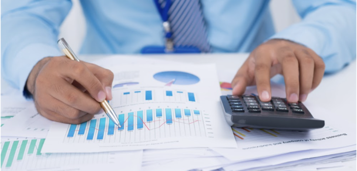 How to Manage & Understand Your Finances as a Freelance Specialist