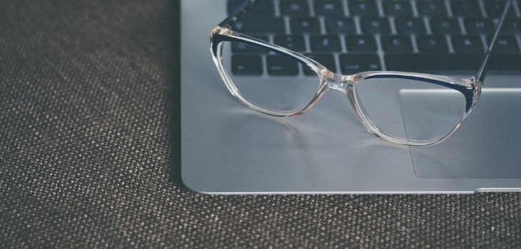 TIPS AND TRICKS: BUY THE BEST DISCOUNT GLASSES ONLINE