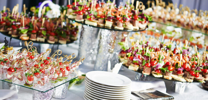 The Benefits of Using Catering Services for Corporate Events